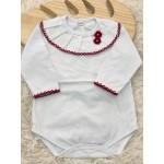 body branco com gola bordada flor de crochê vermelho