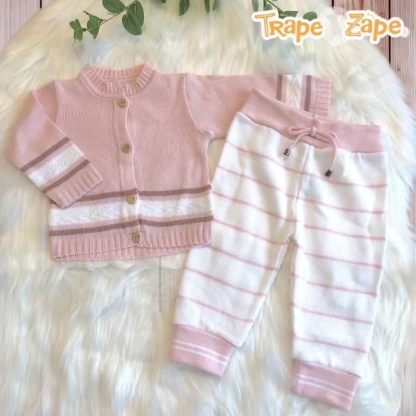 Conjunto de linha  rosa novo com calça listrada