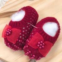 Sapatinho recém nascido de linha- Sapatilha vermelho laço cetim e perolas