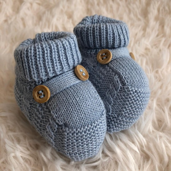 Sapatinho recém nascido de linha- botão azul bebê