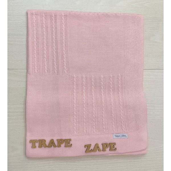 Manta de linha- quadrado e trança rosa