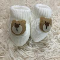 Sapatinho recém nascido de linha- ursinho branco