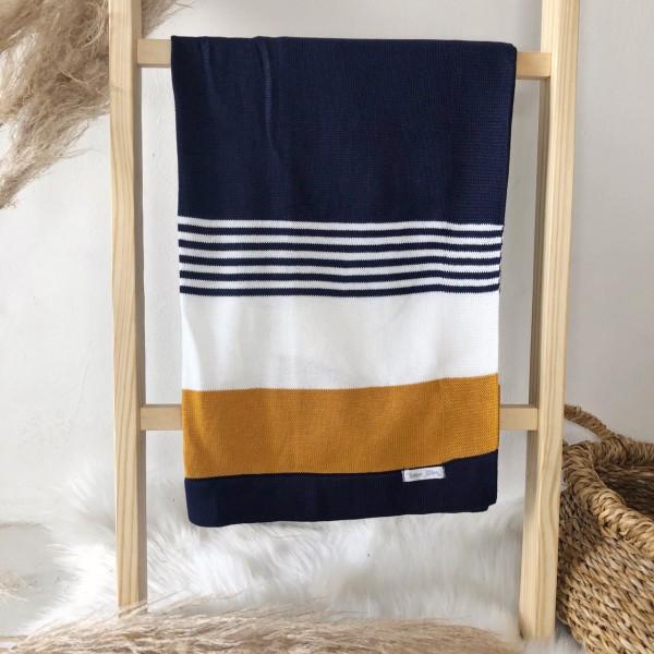 Manta de linha- 3 cores azul marinho, branco e mostarda